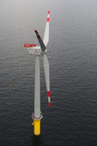 Erster Schritt in die Windenergie-Nutzung auf hoher See