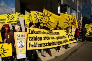 Lautstarker Protest in Berlin vor der Bundespressekonferenz (Quelle: BSW-Solar)