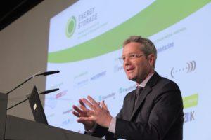 Effiziente Speichertechnologien wichtig für Energieversorgung mit erneuerbaren Energien