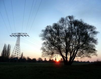 Energiereicher Sonnenaufgang, Quelle: M. Großmann / pixelio.de