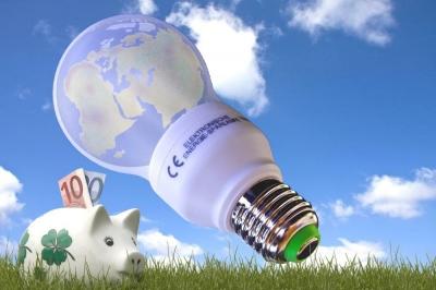 Energiesparen, Quelle: Thorben Wengert / pixelio.de