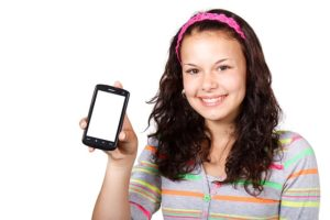 Smartphones für mehr Ressourceneffizienz länger oder mehrfach nutzen, Bild: pixabay.de