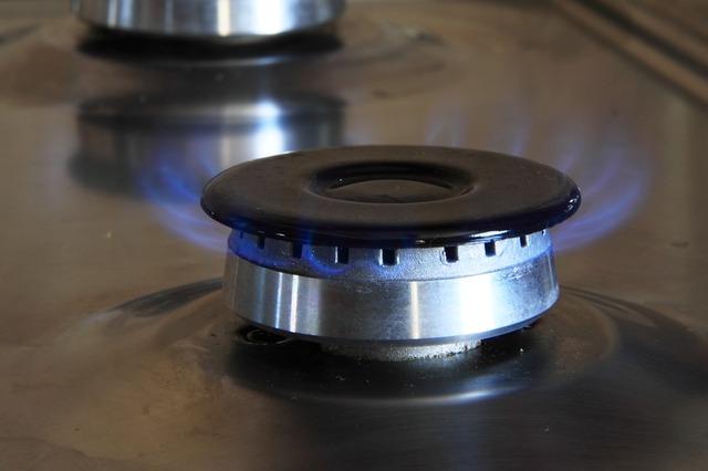 Gasflamme – auch beim Vergleich der Gasanbieter lässt sich viel Geld sparen
