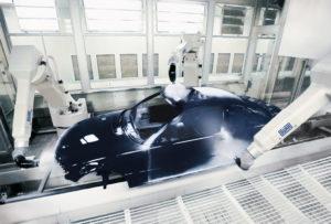 Erfolgreiche Kooperation: Dürr Systems und Bosch Rexroth entwickelten gemeinsam Lackier- und Sealing-Roboter, die bis zu 30 Prozent weniger Energie benötigen (Quelle: Dürr)