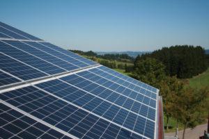 Start der Förderung für Solarstrom-Batteriespeicher in Privathaushalten