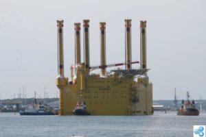 Konverterplattform für Offshore-Windpark zeigt Dimensionen der Offshore-Windenergie