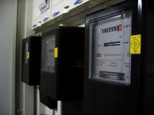 Stromzähler regelmäßg ablesen hilft den Stromverbrauch im Blick zu halten