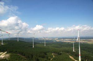 Windpark im Hunsrück als Gemeinschaftsprojekt von Bürgern und Energieversorgern eingeweiht