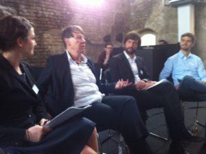 Gesprächsrunde mit Umweltministerin Barbara Hendricks auf Augenhöhe, Foto: Andreas Kühl