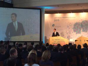 Politische Keynote bei der DENEFF Jahresauftaktkonferenz von Cem Özdemir, Foto: Andreas Kühl