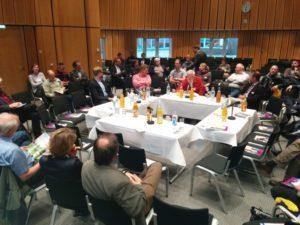 Vorstellungsrunde beim Open-Table auf den Berliner Energietagen 2015, Foto: Andreas Kühl