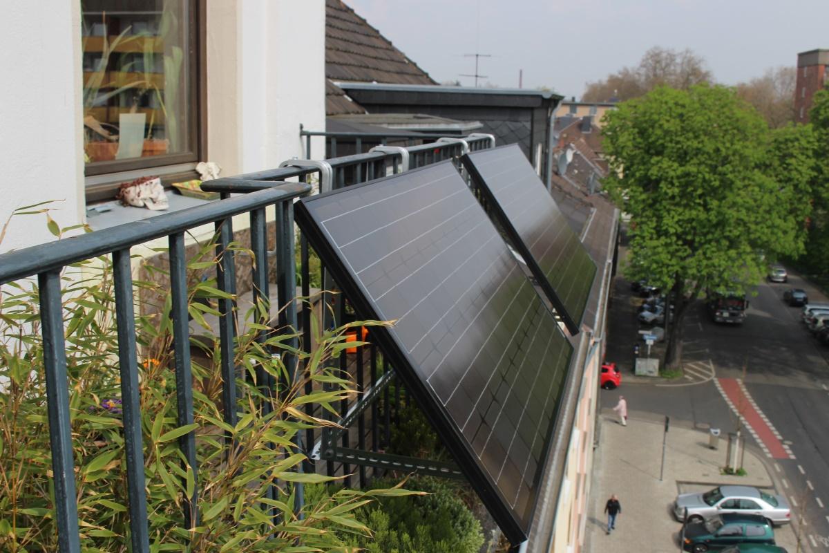 mini photovoltaik von solarheld im crowdfunding unterst tzen energieblog energynet. Black Bedroom Furniture Sets. Home Design Ideas