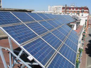 NRW fördert Photovoltaik-Mieterstrom und große Batteriespeicher