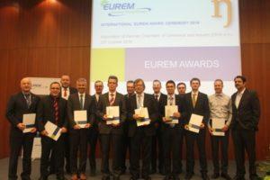 Effizienzformel für Energiemanager: Energieverbauch senken, Wissensdurst steigern