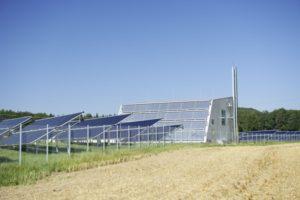 Solarthermie und Holzhaclschnitzelanlage