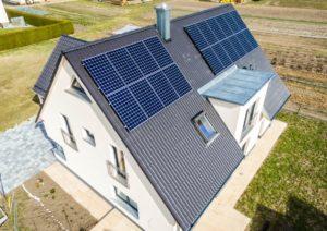 Photovoltaik-Anlage Haus ikratos