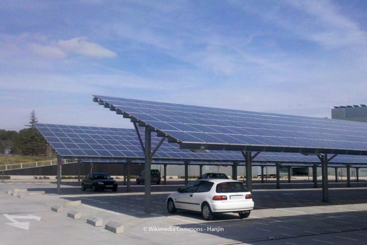 Photovoltaik auf Parkplatz